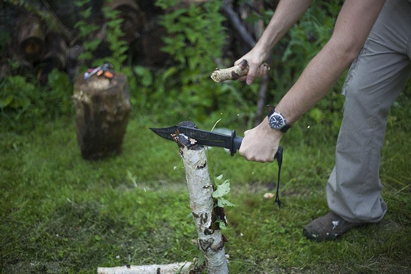 wet batoning log snapped