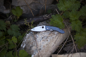 Spyderco Lum Chinese Folder Nishijin Glass Fiber Knife Review