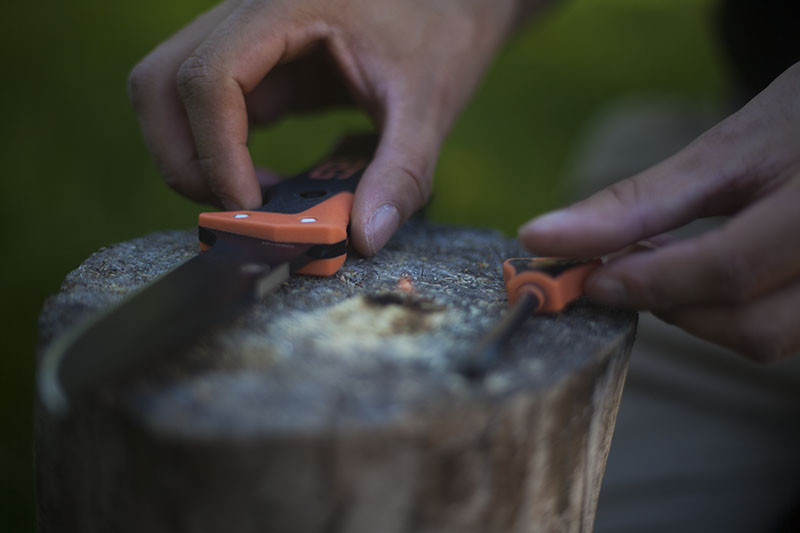 fixed blade bear grylls ultimate survival