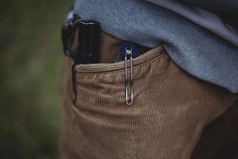 manix 2 pocket clip spyderco knife