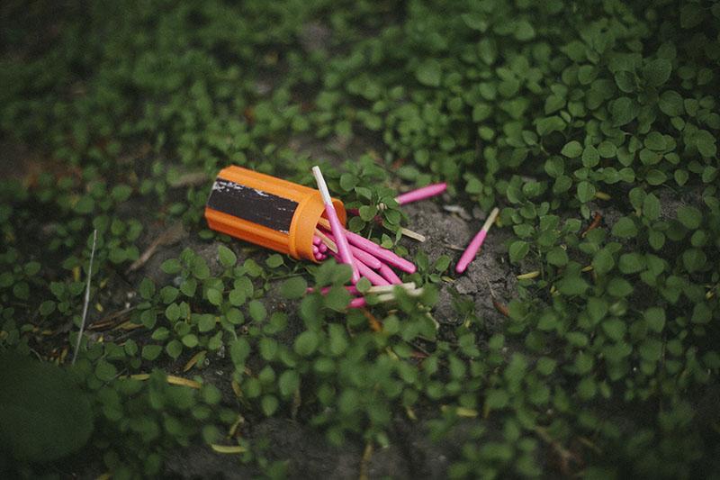 essential bushcraft outdoor survival gear checklist