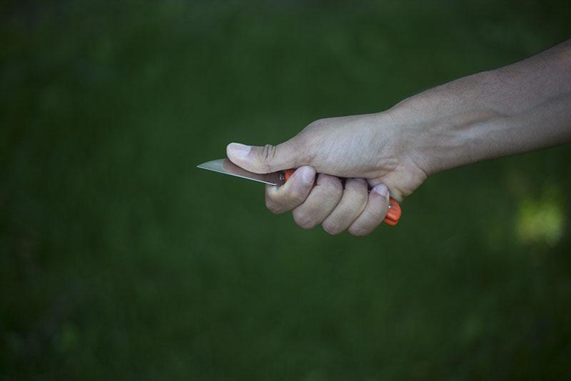 folding knife review spyderco orange folder