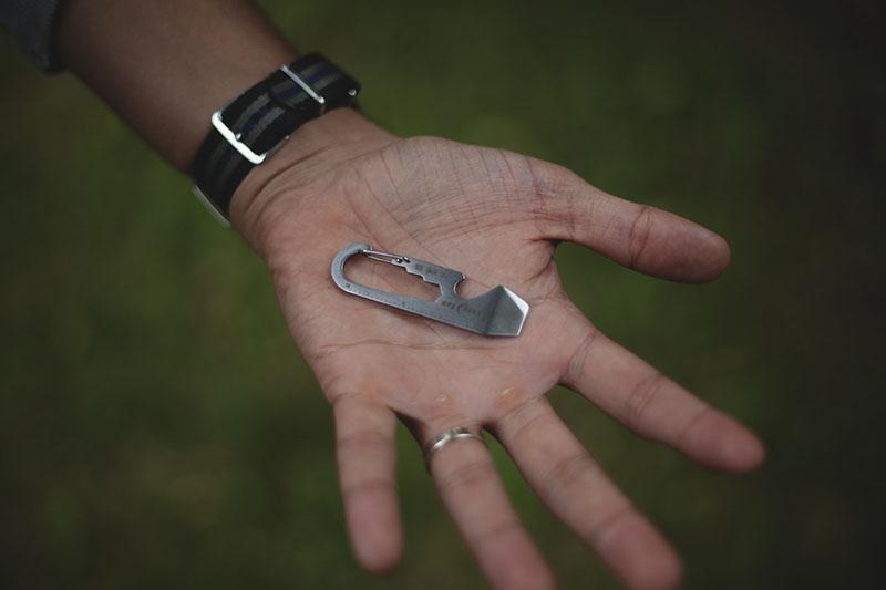 nite ize doohickey review keychain muliti-tool edc