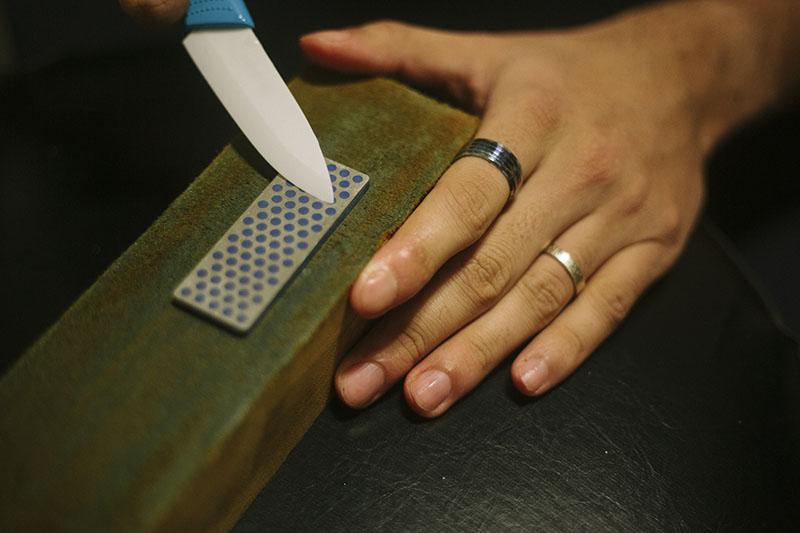 wrong way to sharpen ceramic blade knives