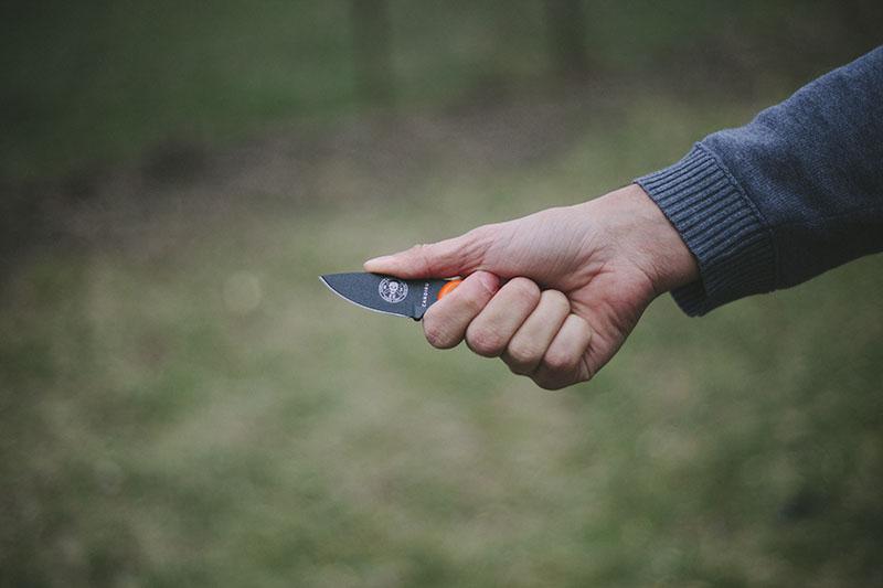survival gear neck knife review esee candiru jeff randall bushcraft edc