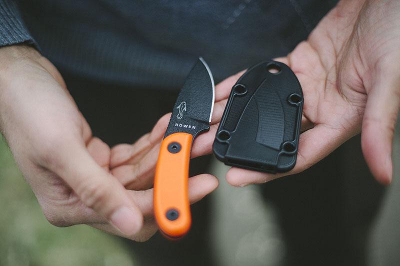 small edc survival neck knife bushcraft blog everyday carry esee candiru