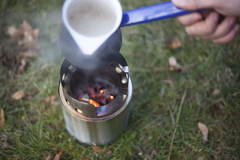 making coffee test campfire solo stove titan review gear preppers