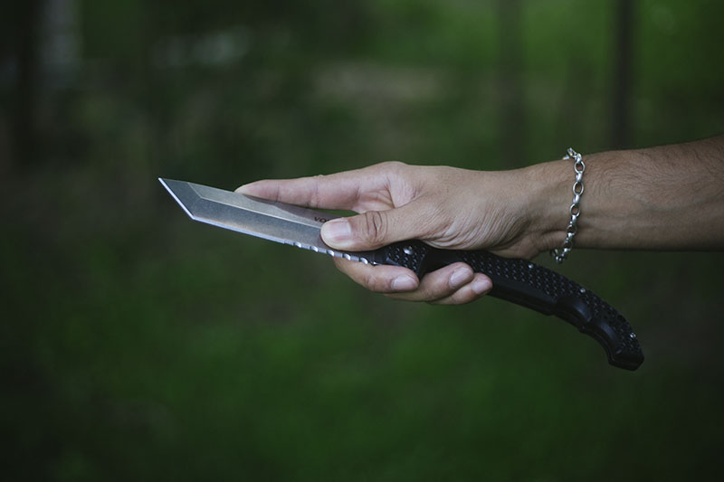 everyday carry cold steel voyager xl review tanto combo edge knife