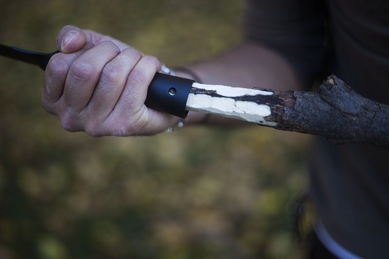survivalist kit fixed blade outdoor knife cold steel bushman review