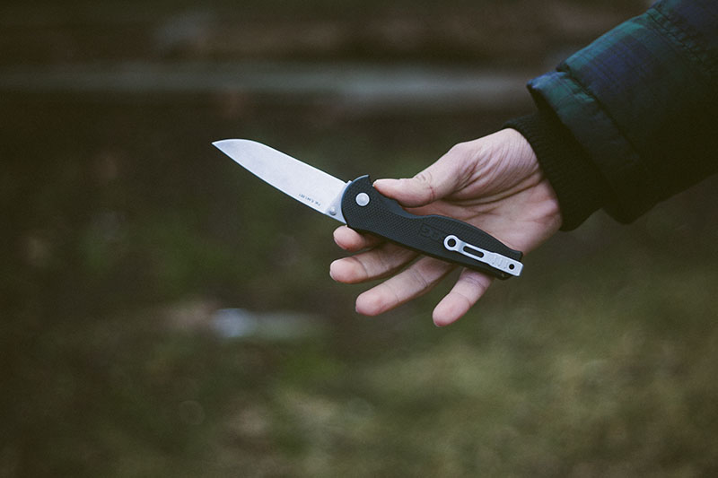 pocket knife everyday carry edc survival blog sog flash ii review