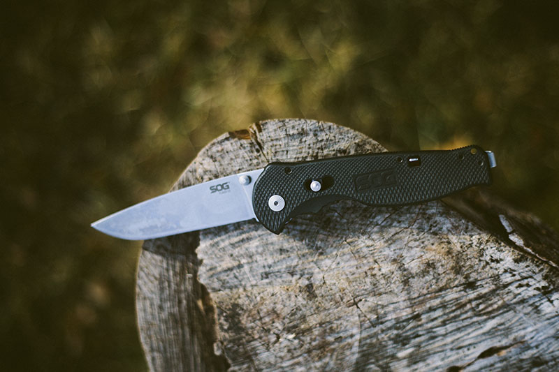 flash ii sog knife review survival gear edc