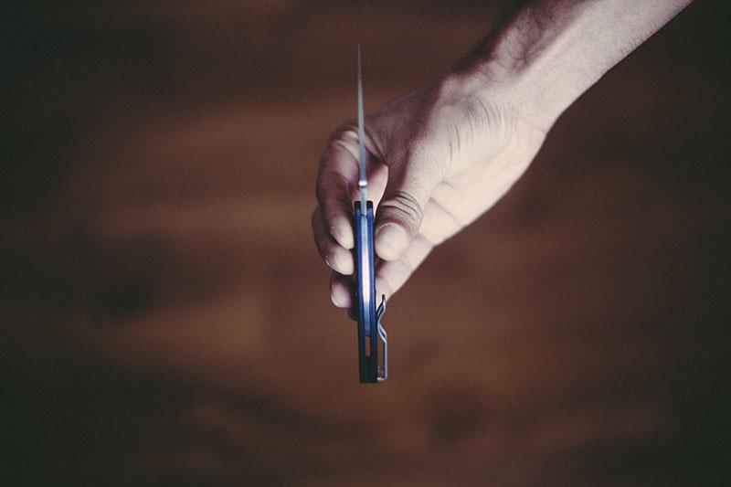 everyday carry folding knife review uk legal ukpk spyderco