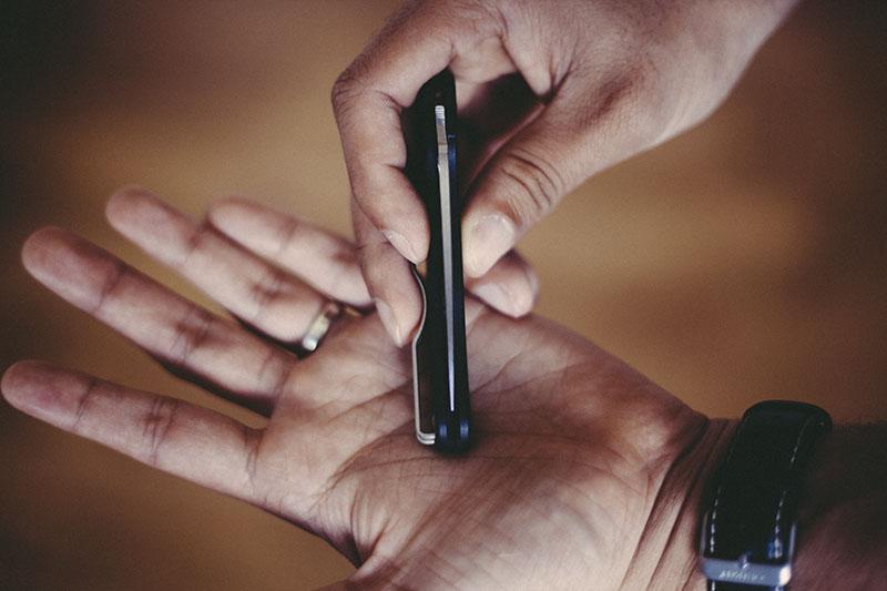 spyderco everyday carry knife ukpk uk pen knife folder edc
