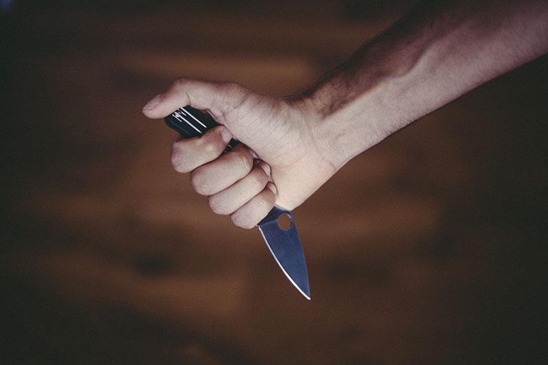 everyday carry uk legal folding knife slip joint edc ukpk spyderco review
