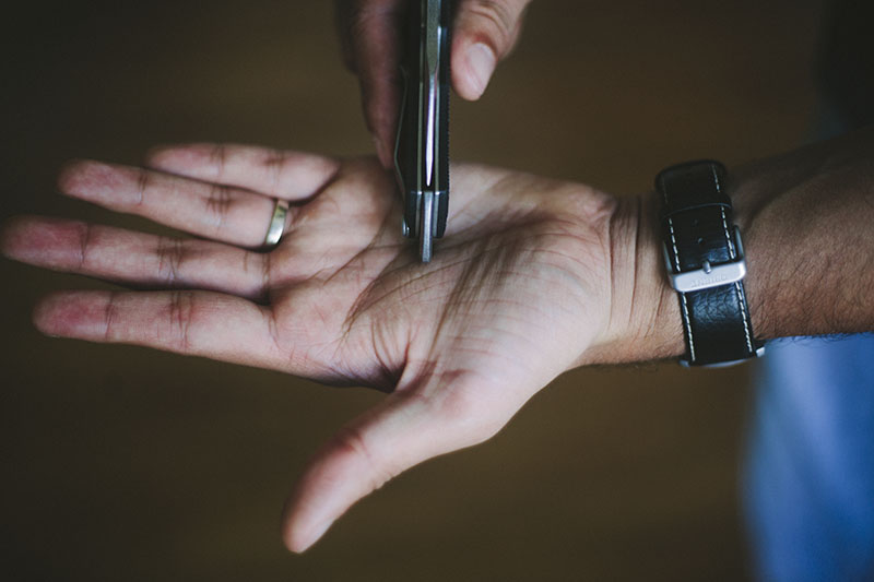 survivalist prepper blog slip joint knife review lansky world legal edc
