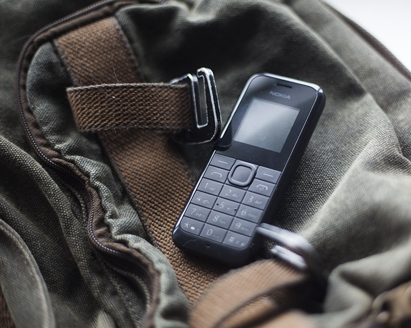 emergency devices using dumb phones to call for help 911 emergencies