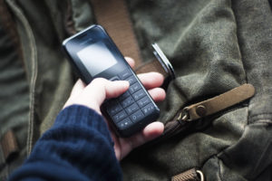 Who Still Buys Dumb Phones Anymore? Preppers Should & Here's Why