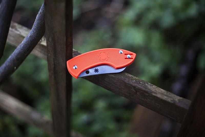 folding pocket knife spyderco pingo slip joint folder gear review
