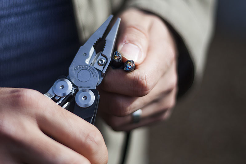 everyday carry edc multi-tool leatherman signal review