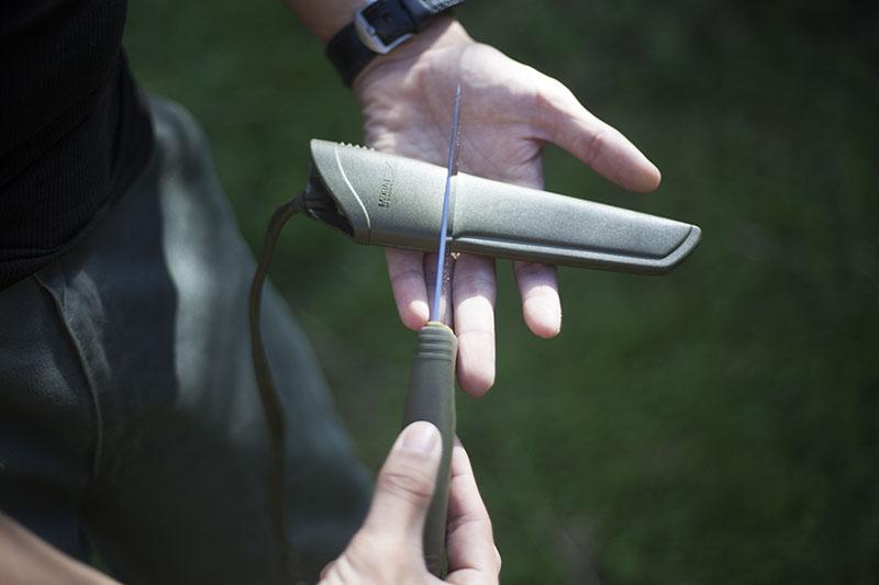 morakniv 2010 camping knife