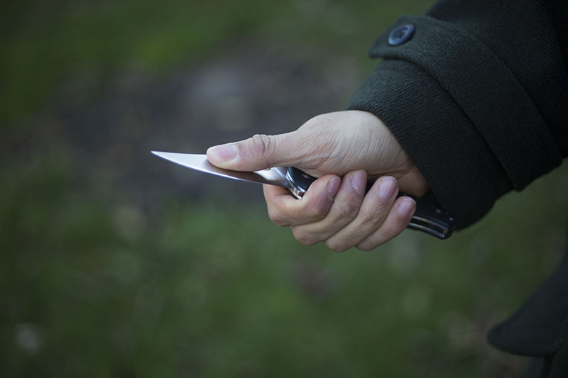 g10 handles plain edge knife spyderco tenacious
