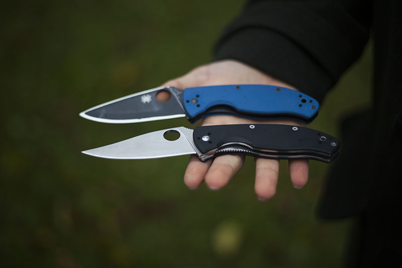 more-than-just-surviving-knife-review-spyderco-tenacious