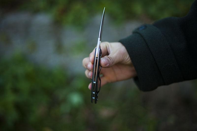 folding knife everyday carry spyderco lum folder
