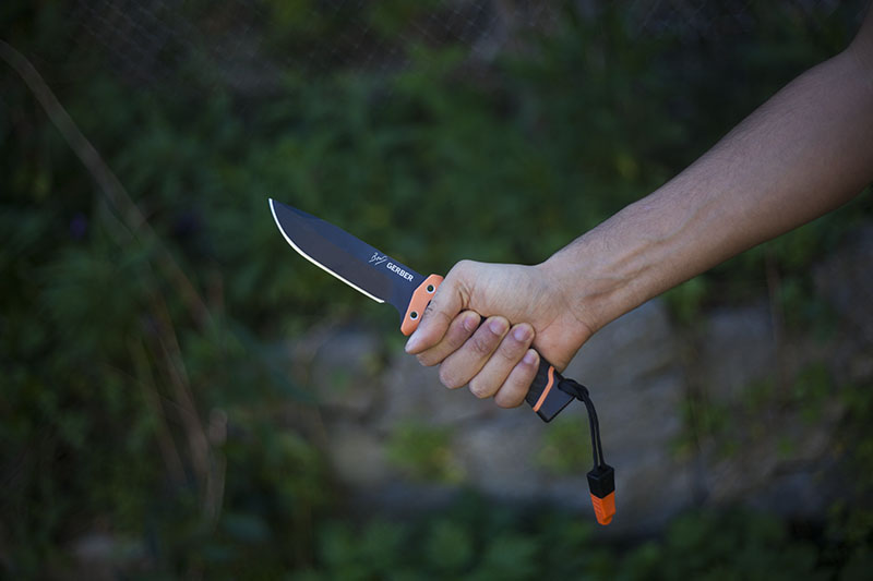 bear grylls gerberknives multitool survival
