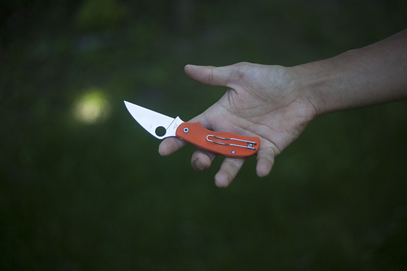 survival-blog-spyderco-urban-orange-knife-review