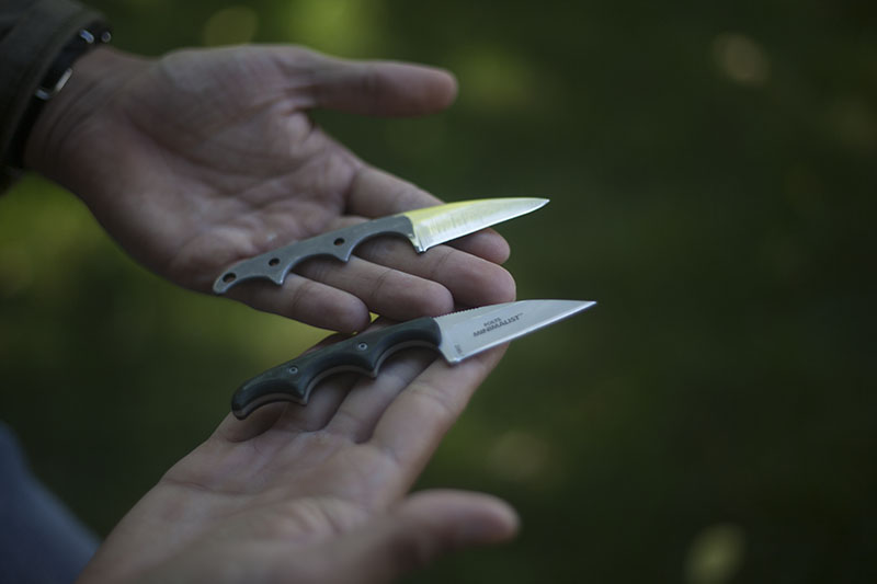 everyday carry wharncliffe minimalist crkt neck knife folts