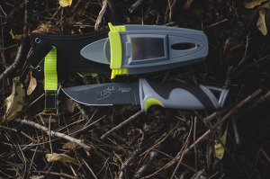 "Camillus Les Stroud ""Survivorman"" SK Mountain Ultimate Survival Knife Review"