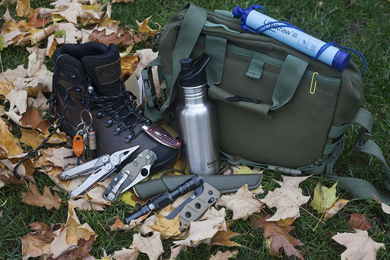 survival gear kits stock prepper stockpiles outdoor wilderness kit