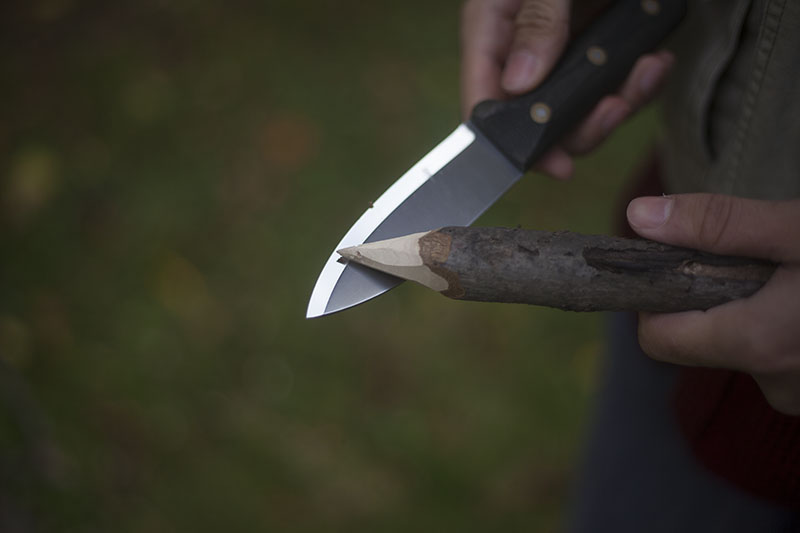 bushcraft fixed blade l.t. wright genesis review handcrafted survival knife
