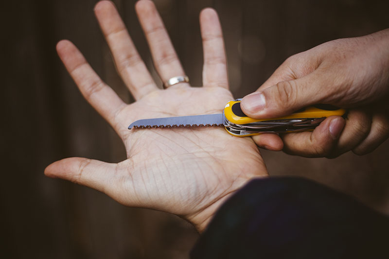 victorinox multi-tool review evogrip s18 swiss army knife edc