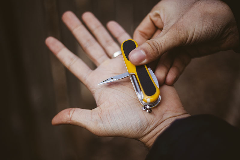 wenger victorinox review evogrip s18 multi-tool swiss army knife