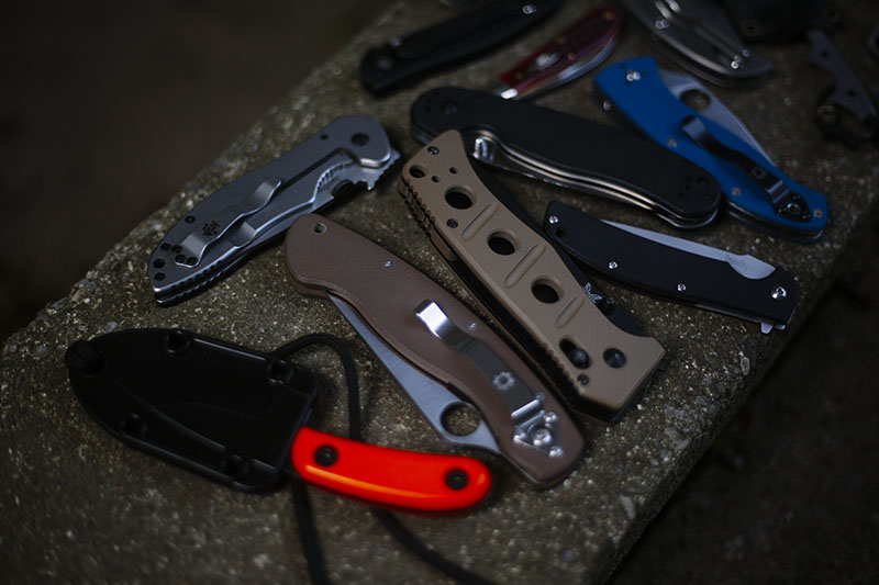 best everyday carry edc knife article photograph outtakes