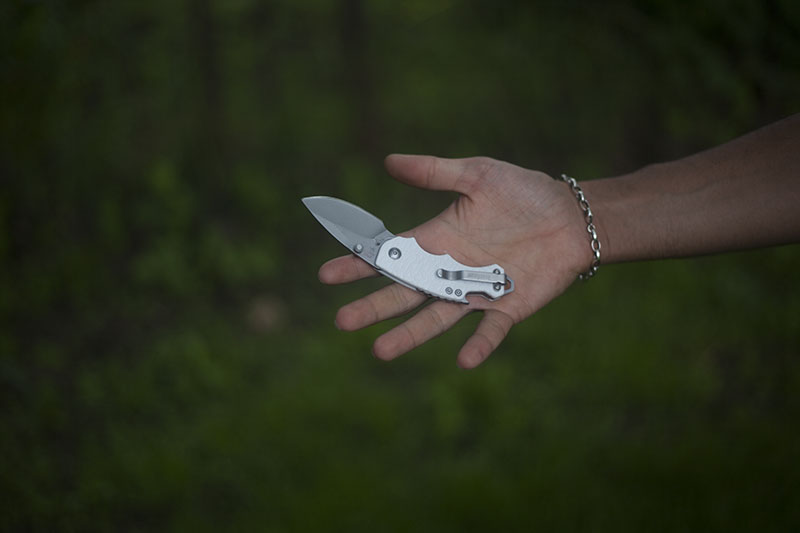 folding knife for women edc knives gear everyday carry kershaw shuffle review