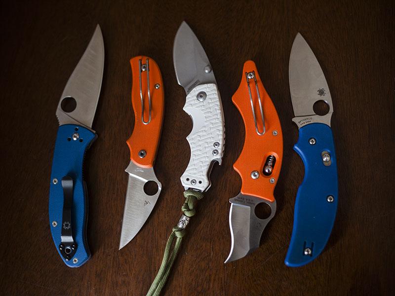 white-blue-orange-handle-folding-knives-edc-pocket-knife