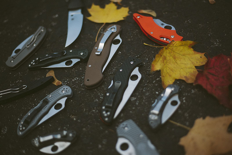 survival blog edc knife photography spyderco folding fixed blades