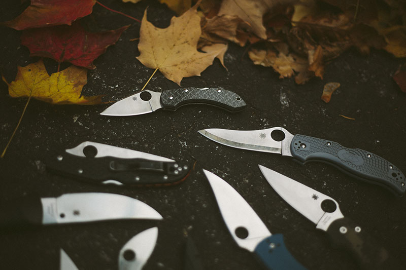 folding edc knife photography image outtakes spyderco knives