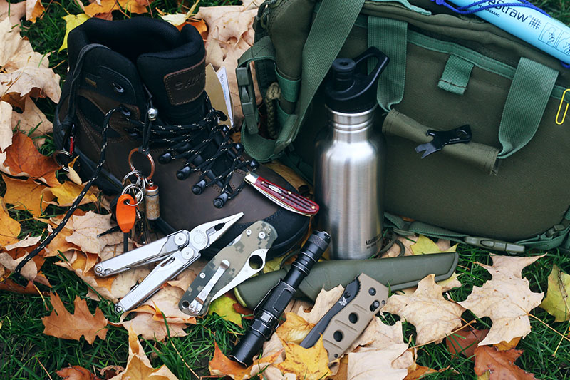 everyday carry outdoor present gift ideas fathers day birthday camping survival hiking