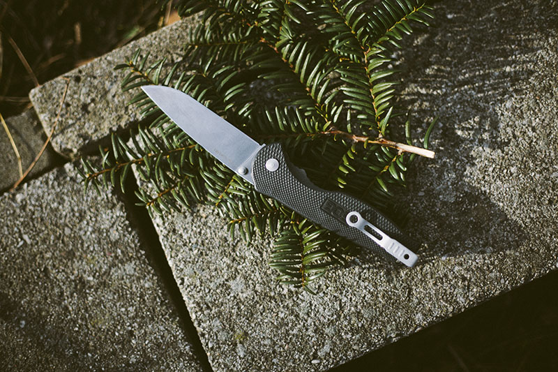 sog knife review flash ii edc everyday carry pocket folder