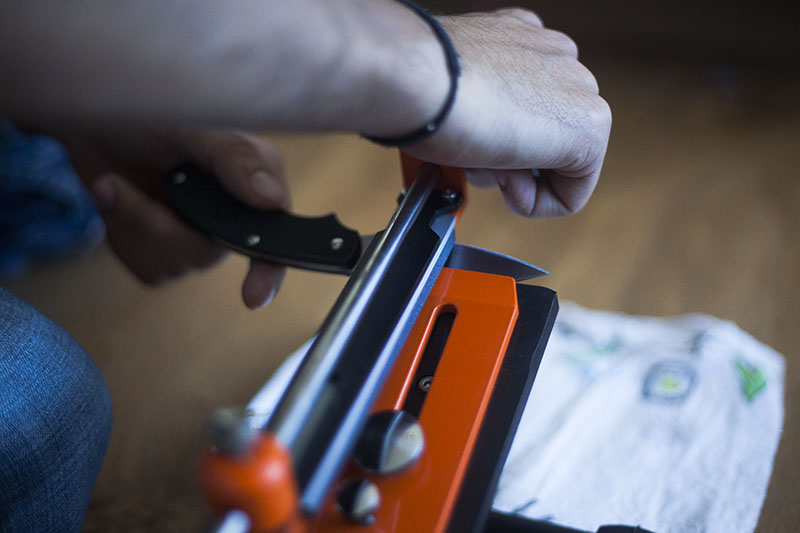 survivalist prepper knife sharpener review hapstone pro