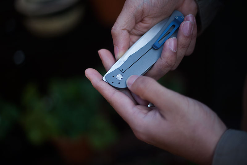 review-of-boker-plus-exskelibur-i-folding-knife