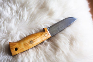 helle-temagami-carbon-fiber-fixed-blade-survival-knife