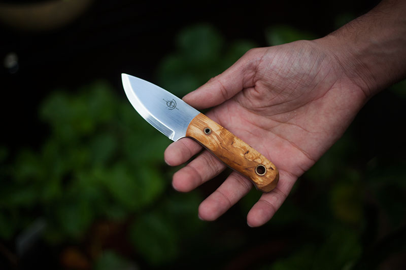 helle-mandra-fixed-blade-survivorman-knife-review