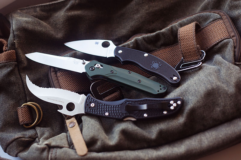 pocket-edc-folders-best-left-handed-knives