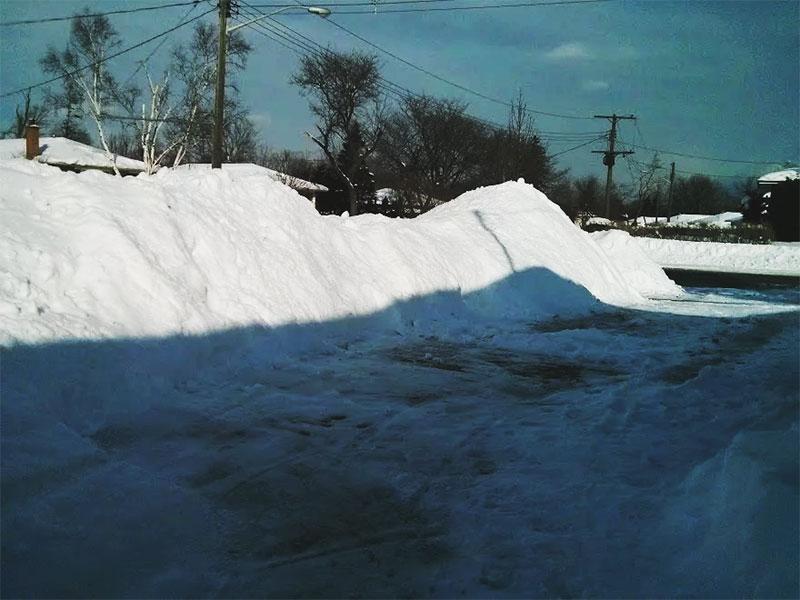 shovelled-snow-pile-toronto-canada