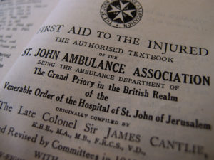 first-aid-to-the-injured-st-johns-ambulance
